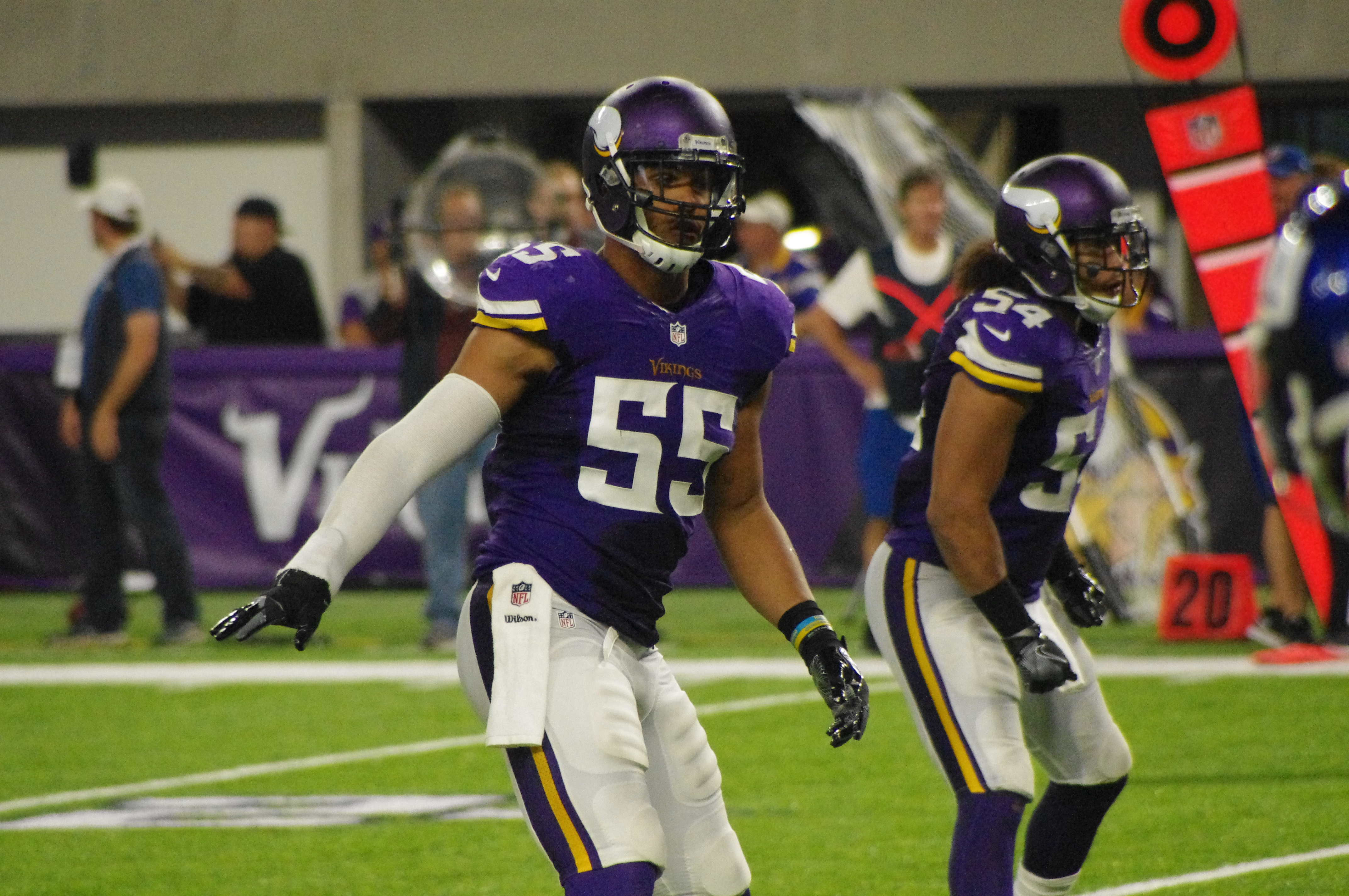 Anthony Barr Struggling to Make an Impact in His Third Season